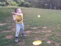 ナイスアイデア。息子の野球の練習には付き合ってあげたいけど動きたくないお父さん。