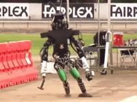 二足歩行への挑戦。超絶優秀な頭脳たちによる二足歩行ロボット大会。失敗集。