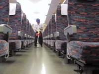 東京都動画。7分間の奇跡。新幹線の車内清掃の様子を撮影した動画が人気になっている。