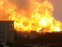 中国の石油化学工場で大規模な爆発が発生。その瞬間の映像がアップされる。