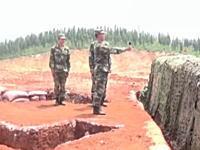 何度目だよw手榴弾を投げる訓練で失敗して手前で爆発する危ない失敗。
