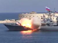 すごい動きしたwフリゲート艦から発射されたミサイルがヤバい動きしてワロタw