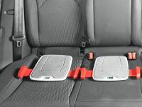 これは画期的。従来の1/10のサイズのチャイルドシートが開発される。安全性は同じ!
