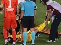 これは酷いwサッカーで担架で運ばれた負傷者の扱いがあまりにも酷いw